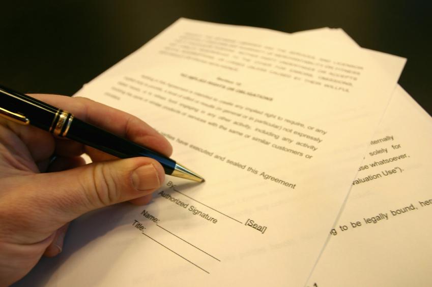 Подпись договора мены квартиры