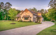 Как оформить жилой или садовый дом